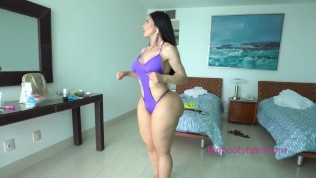 BTS – The Booty Queen Abigail Lust